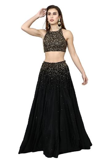 f1a06642927a89 Prerna Talwar ethnic The Black Beauty Black and Gold ethnic-crop-top-skirt